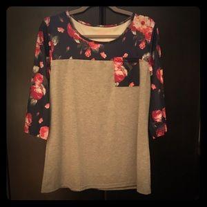 Tops - Floral & Grey 1/4 Sleeve Top